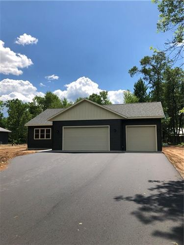 Photo of 2826 Farview Dr, RICHFIELD, WI 53076 (MLS # 1539984)