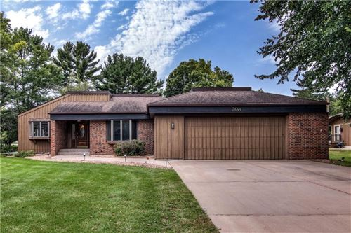 Photo of 334 S Tower St, SAUKVILLE, WI 53080 (MLS # 1546984)