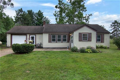 Photo of 1115 PARKVIEW ST, HARTLAND, WI 53029 (MLS # 1555997)