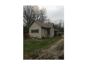 Photo of 4492 Snyder Domer Road, Springfield, OH 45502 (MLS # 413082)