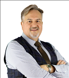 Brian Larsen, JohnHart Real Estate