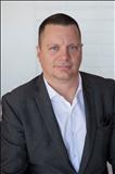 Chad Schlotterback, JohnHart Real Estate