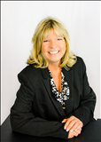 Julie Cummings, REALTY EXECUTIVES Lake Havasu City