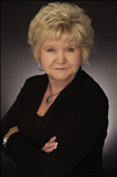 Nettie Hutter, RE/MAX Southern Shores