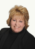 Pam Bashor, Realty One Group Southwest