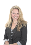 April Kriz, Signature Real Estate Group