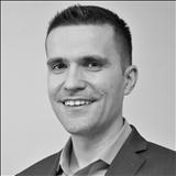 Kaloyan Doychinov , Bennett Realty Solutions
