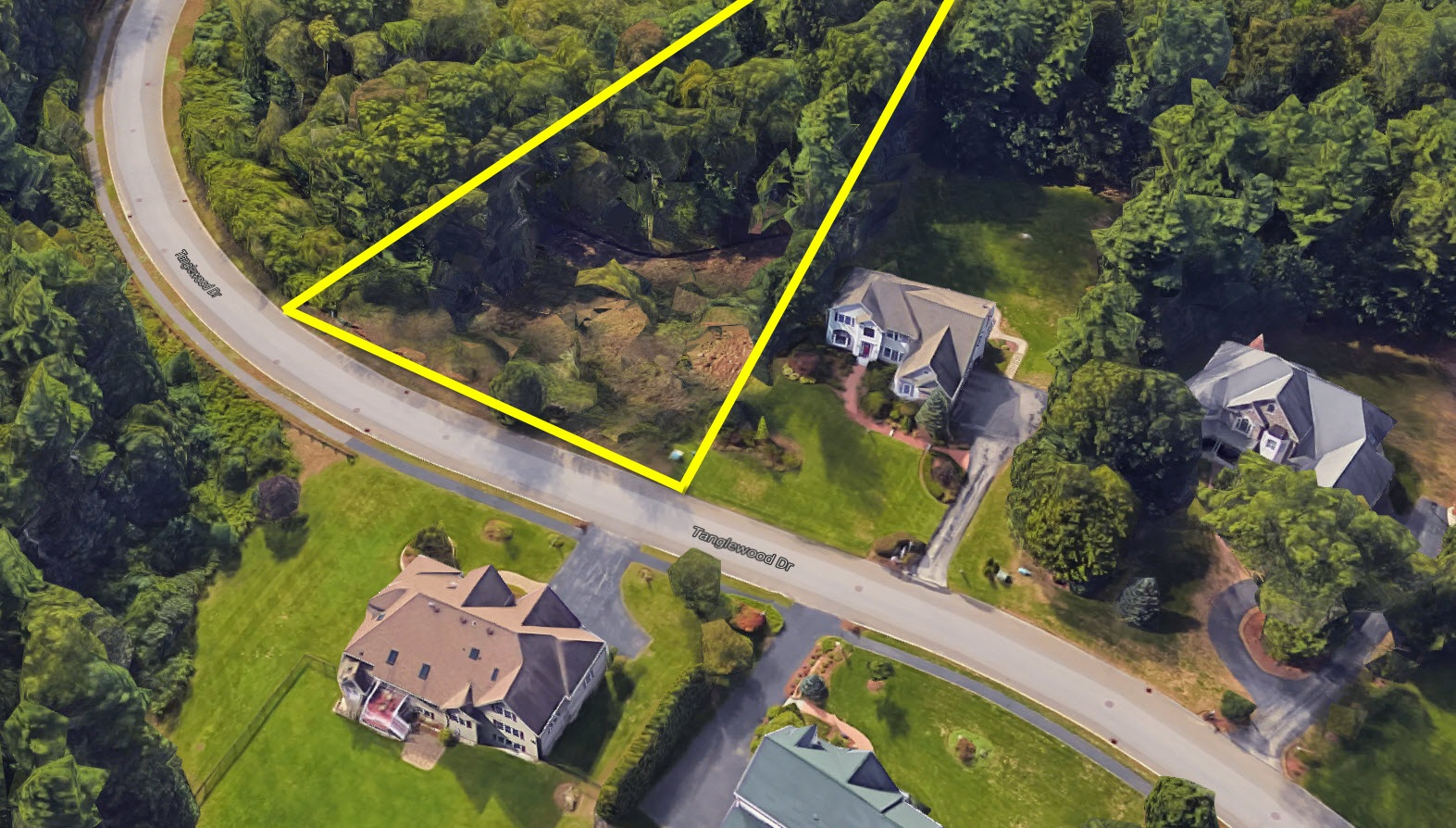 11 Tanglewood - aerial - outline