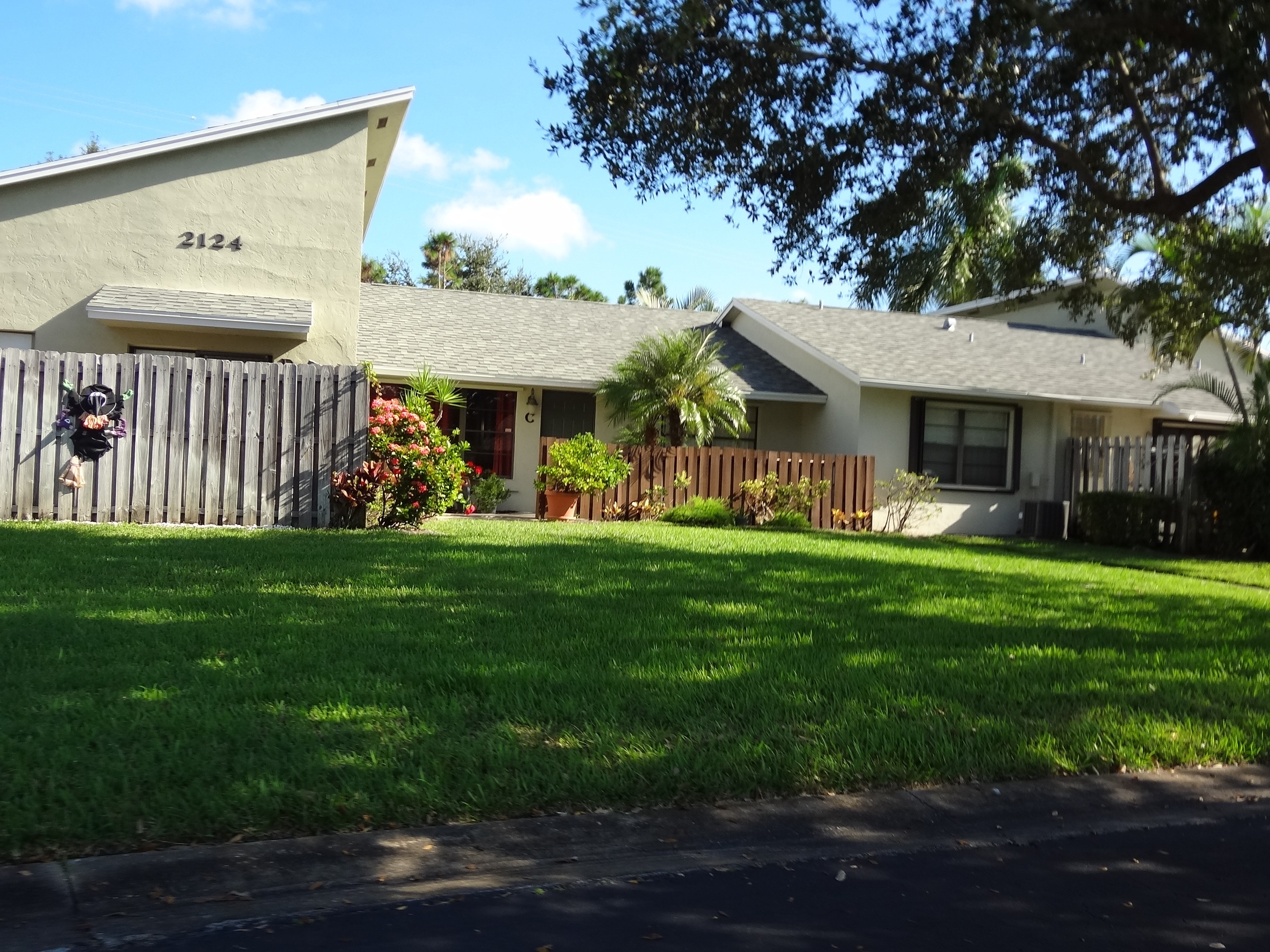 Jupiter Lakes Villas, Jupiter Florida villas for sale