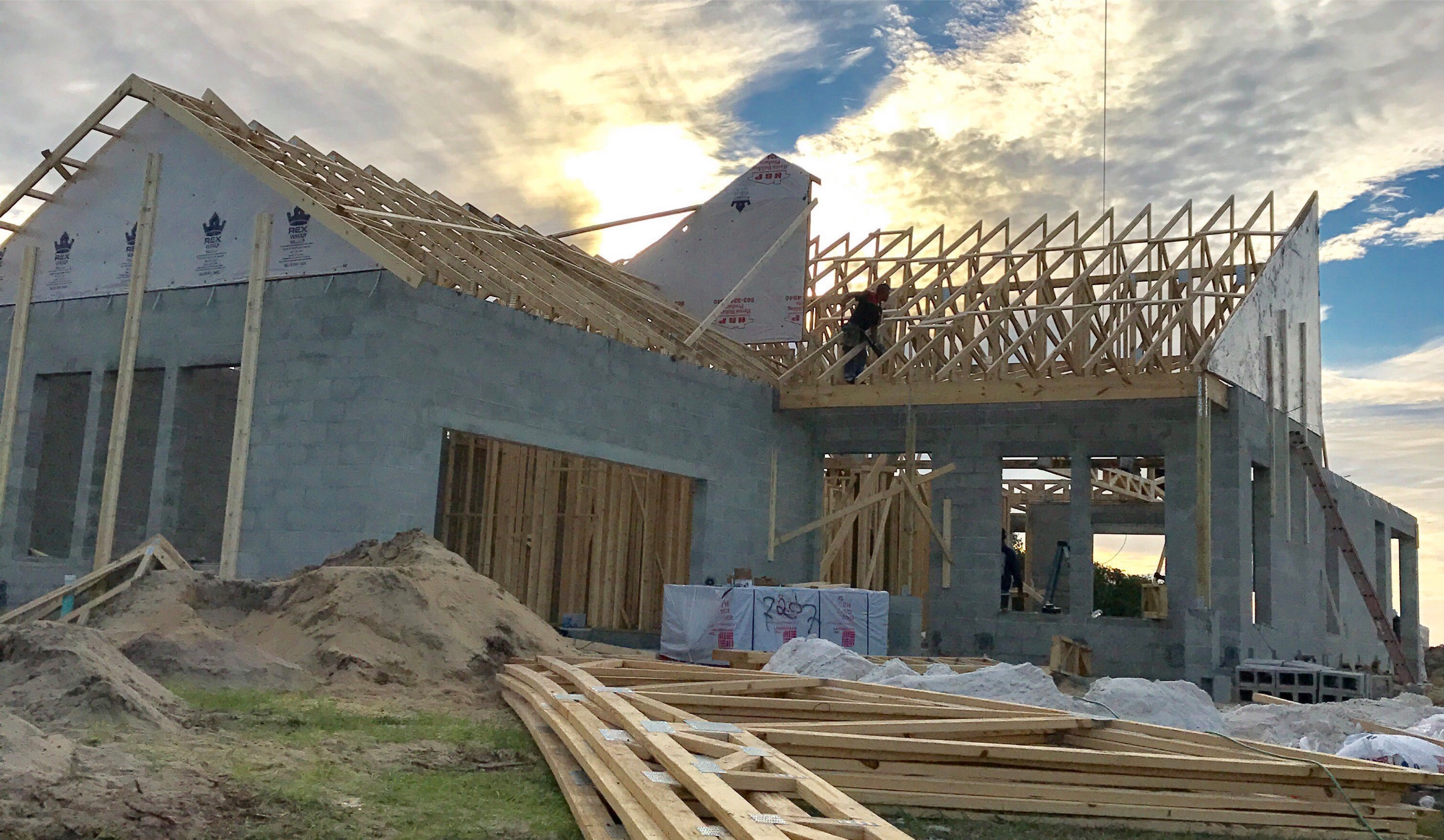 Getting a construction loan to build a custom home for How to get a construction loan to build a house