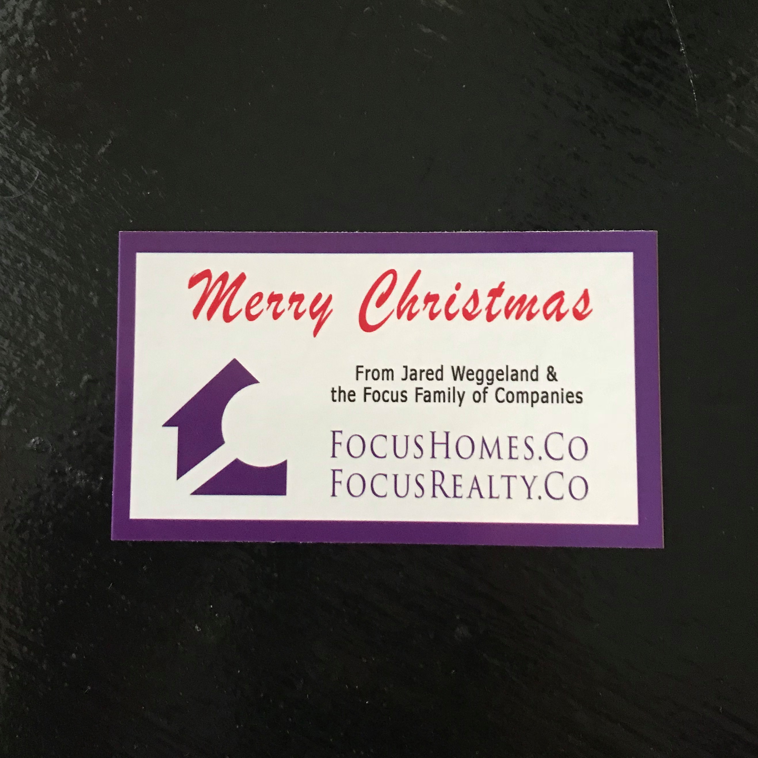free-gift-wrapping-cards-from-focus-realty-group-kw-lakeland-and-focus-homes-november-and-december-2