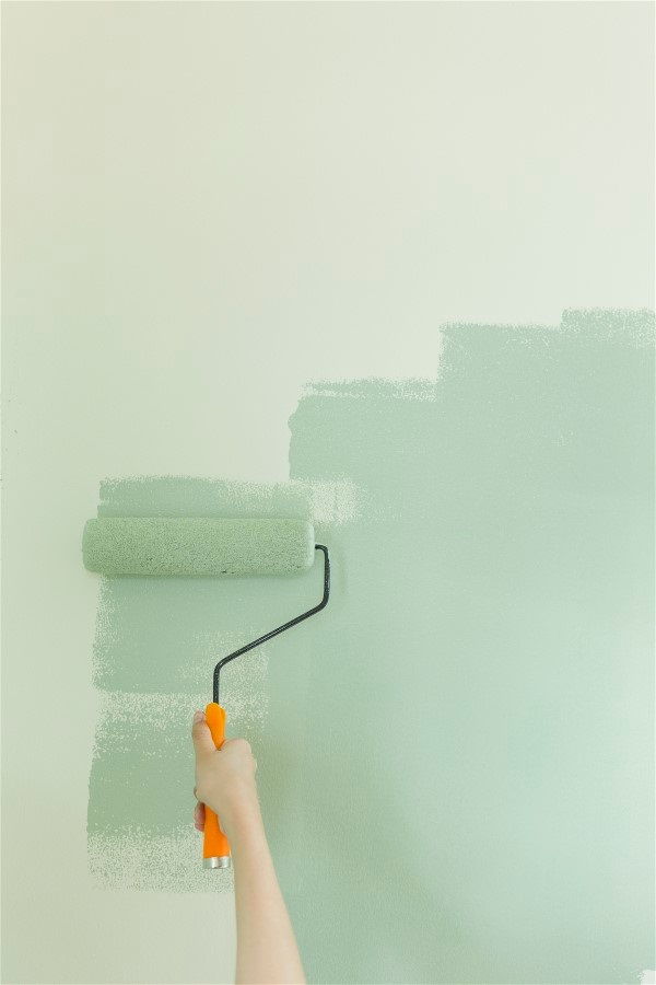 painting-room-light-green