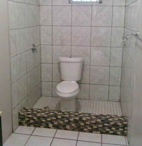 25-terrible-real-estate-agent-photos