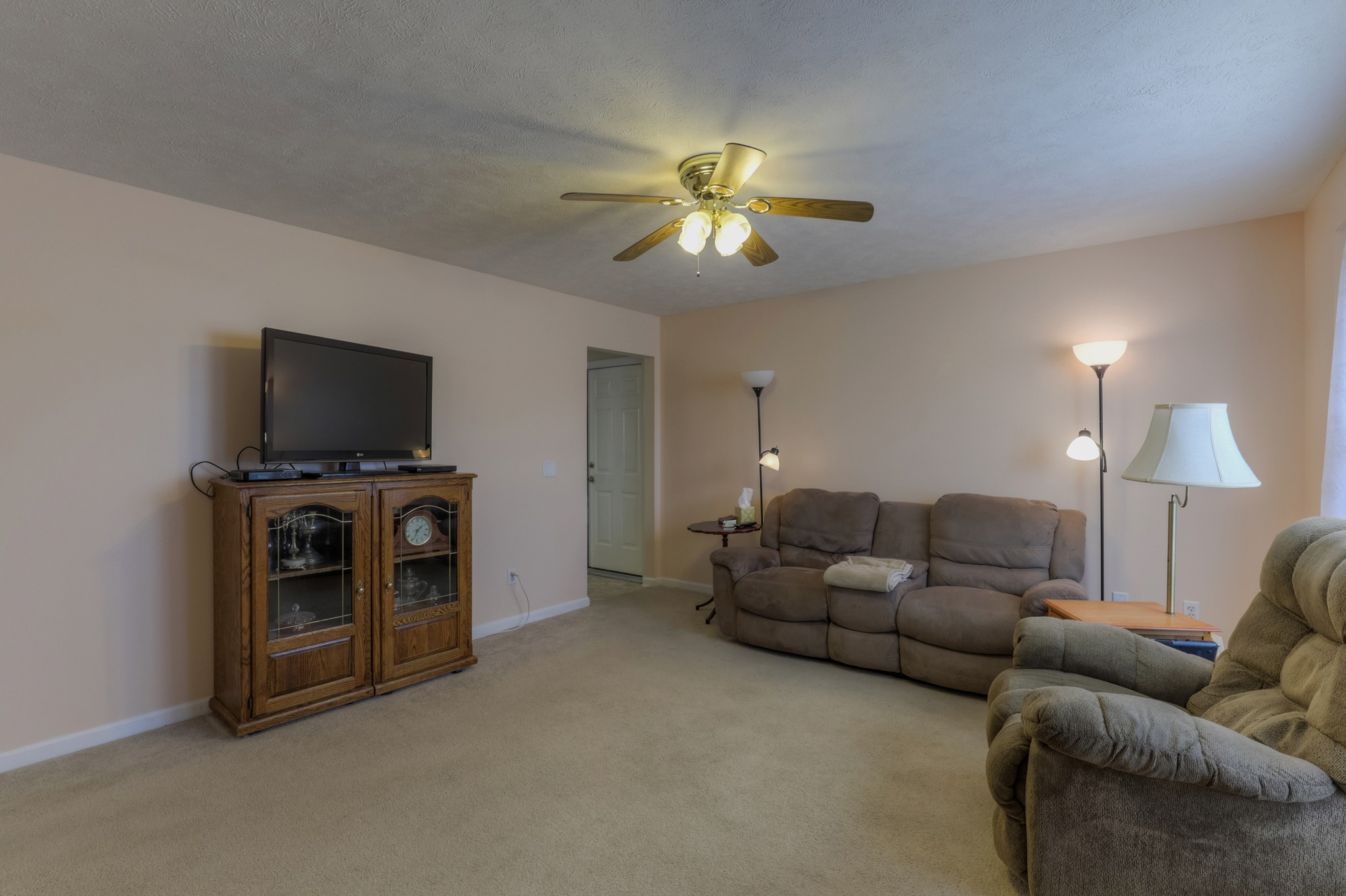 143 Silver Leaf Cir, Dickson TN(LOW-RES) (1 of 25)