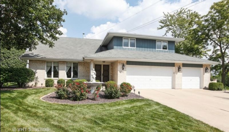 17111 Ashwood Lane, Brook Hills, Orland Park
