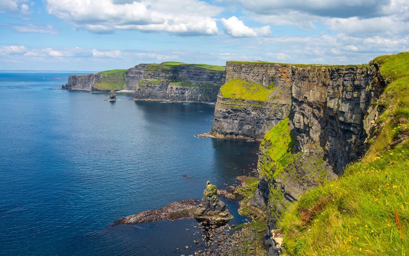 cliffs-of-moher-landscape-county-clare-ireland-MOHER0321
