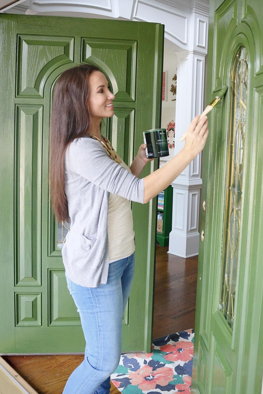 things-do-when-moving-new-home-paint-door-standard_c784c1f43d1df491d18d89b2042e85ea_860x1290_q85