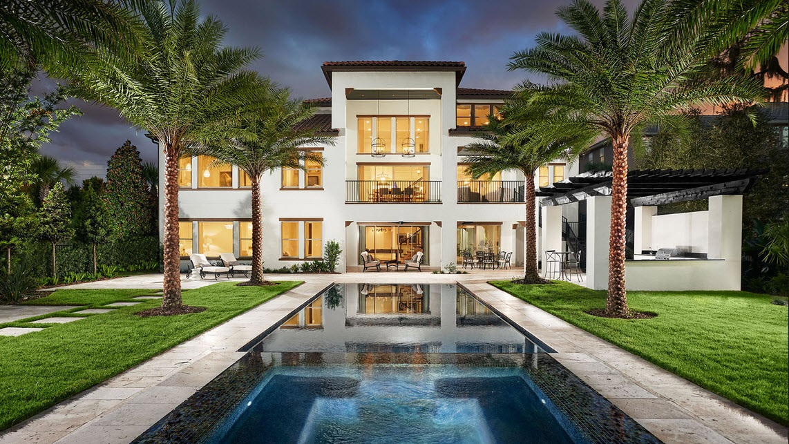 Winter Garden Is A Community That Is Part Of The Chain Of Lakes In The  Central Florida Area. It Derives The Name Due To The Many Surrounding Local  Lakes, ...