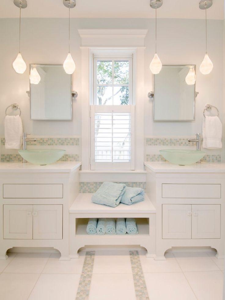52fcd472b713cadaaa0680e3edc7bc94--bathroom-bench-white-bathroom-vanities