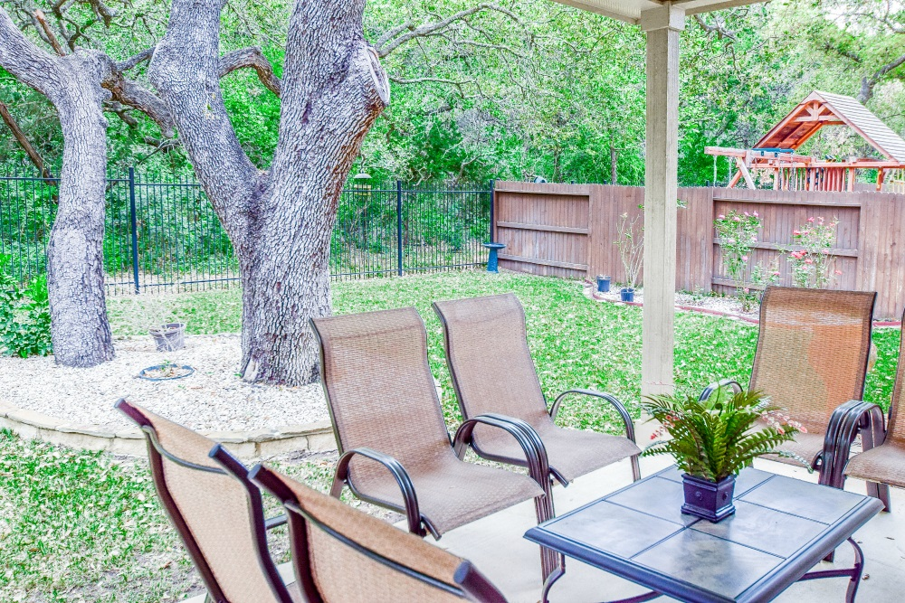 10653 Foxen Way, Helotes, TX 78023 patio 2