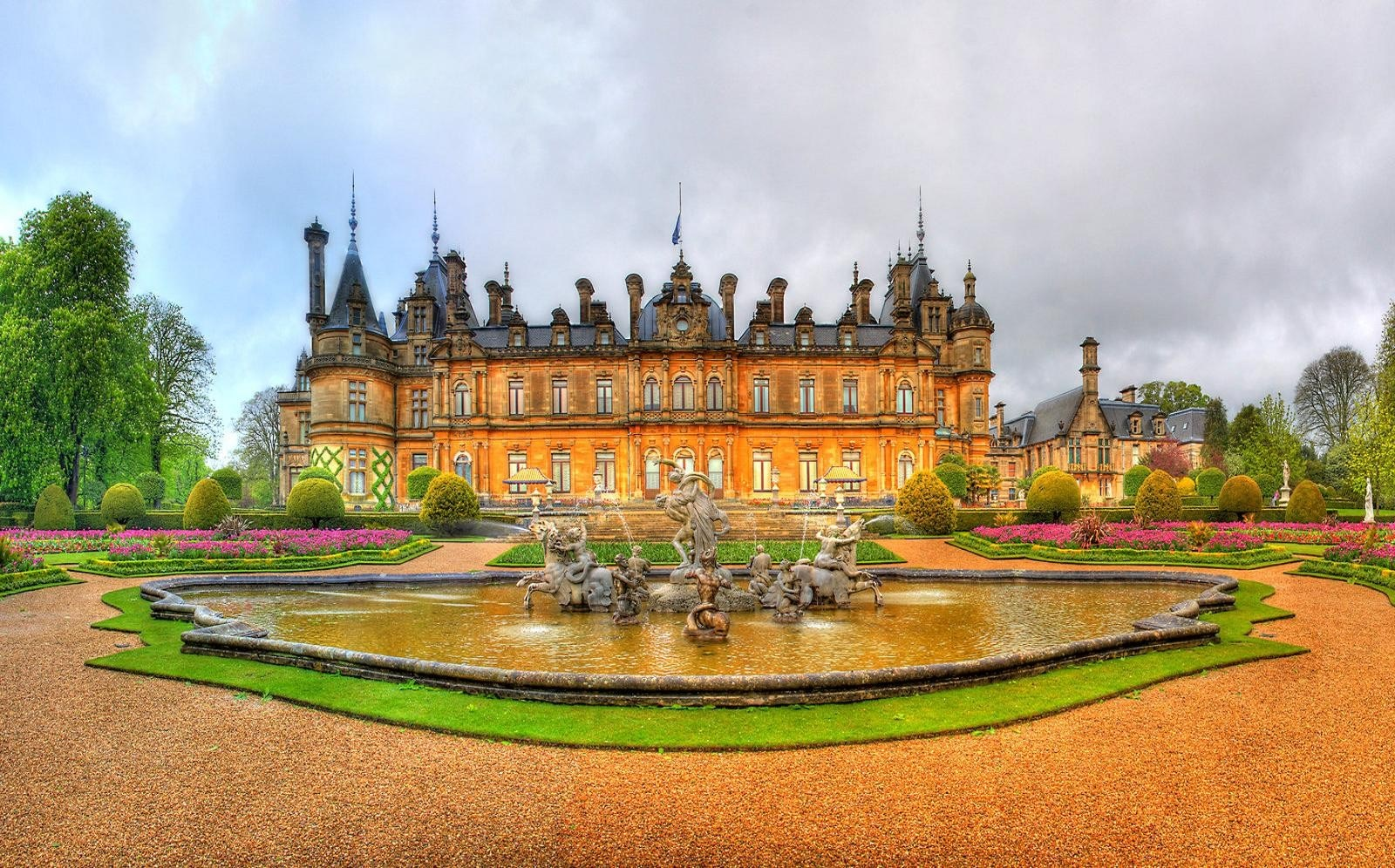 houses-waddesdon-manor-park-big-house-monument-pictures-for-desktop