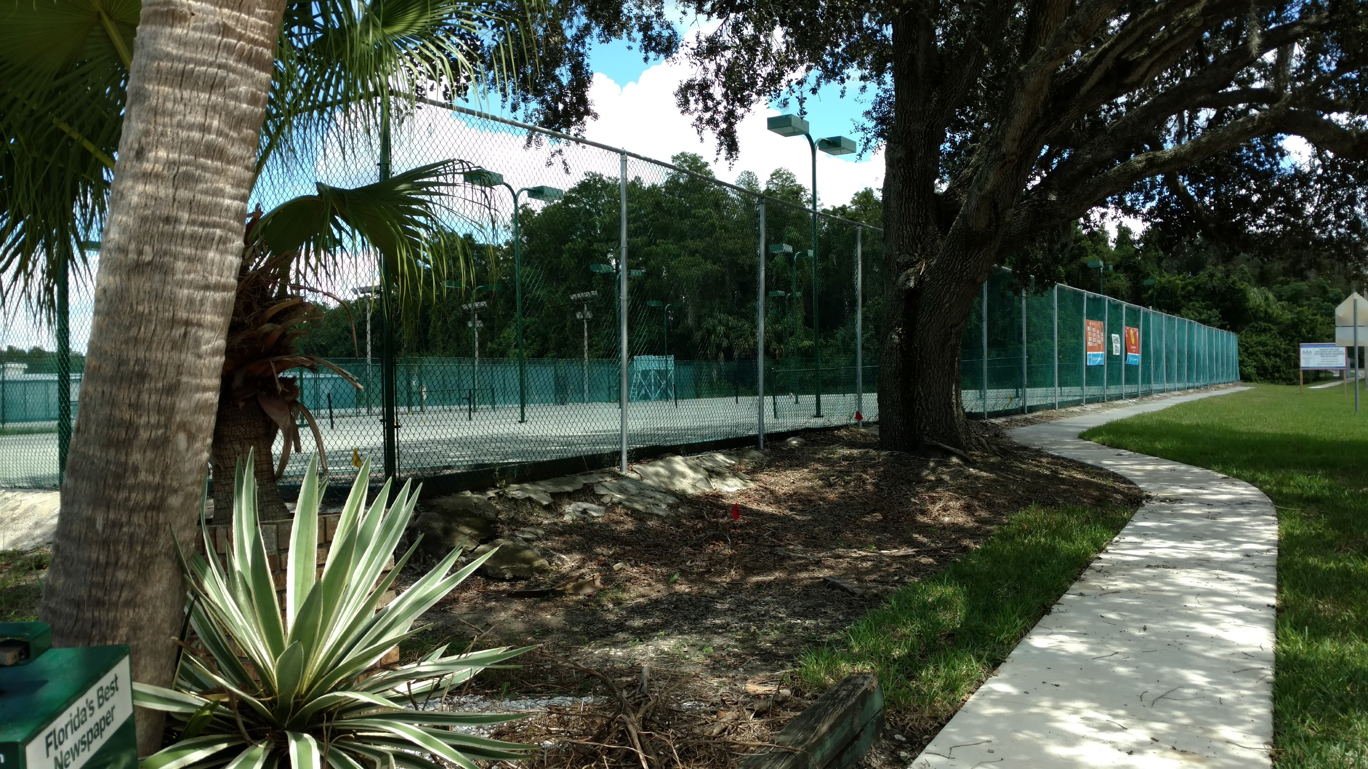 Northdale Tennis Courts