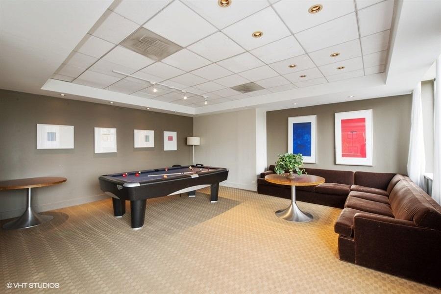 10-655-irving-park-unit3615-recreation-room