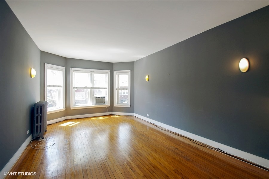 03-1730-foster-unit1w-living-room
