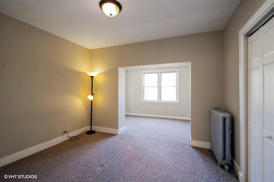 06-1730-foster-unit1w-master-bedroom