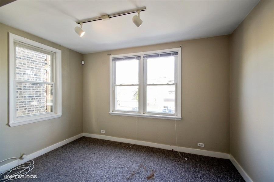 07-1730-foster-unit1w-master-bedroom