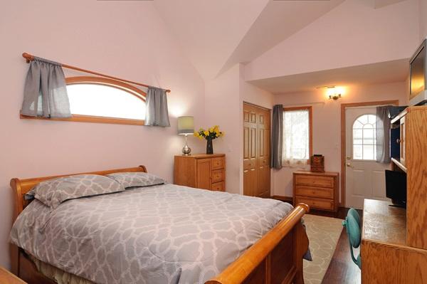 10-5009-meade-3rd-bedroom