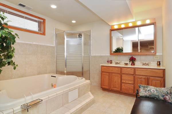 14-5009-meade-2nd-bathroom