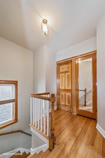 10-5936-washtenaw-hallway