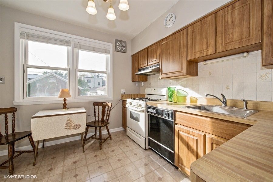 05-5936-washtenaw-kitchen
