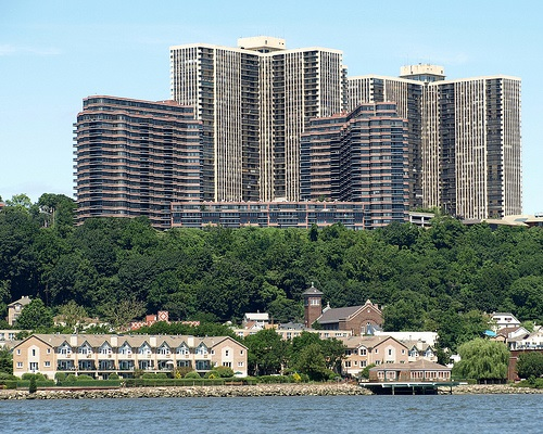 Cliffside Park Is A Borough In Bergen County New Jersey United States As Of The 2010 Census Boroughs Population Was 23594
