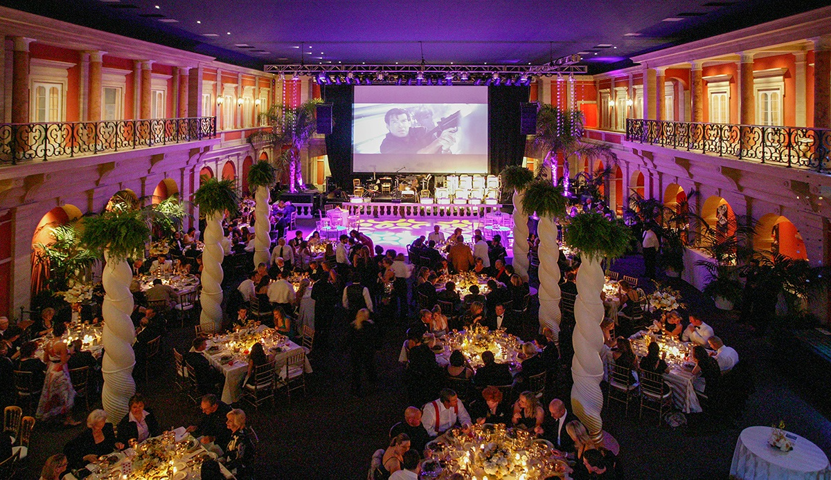 17-36-ballroom party nite