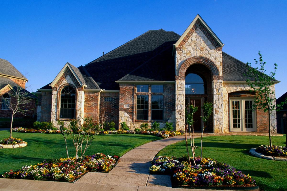 Sample House 2:3