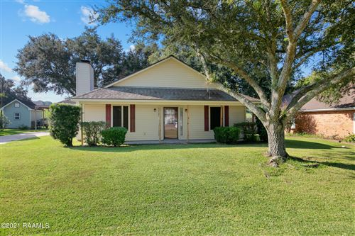 Photo of 110 E Weeks Drive, Youngsville, LA 70592 (MLS # 21009257)