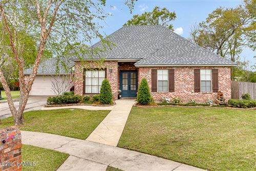 Photo of 141 Willow Bend, Youngsville, LA 70592 (MLS # 21002660)
