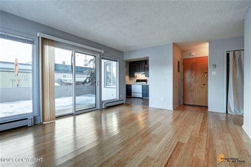 Photo of 611 Vista Glen Court #1, Anchorage, AK 99501 (MLS # 21-1050)