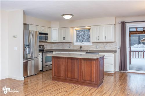 Photo of 3627 Checkmate Drive, Anchorage, AK 99508 (MLS # 20-1071)