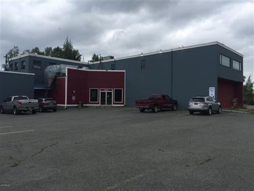 Photo of 1020 W International Airport Road, Anchorage, AK 99518 (MLS # 19-14154)