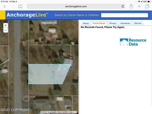 Photo of L6B B1 Hyatt Street, Anchorage, AK 99507 (MLS # 21-14165)