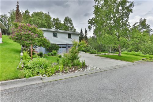 Photo of 2316 Galewood Street, Anchorage, AK 99508 (MLS # 20-10213)