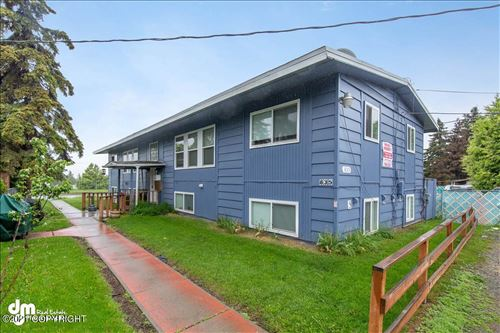 Photo of 835 Bragaw Street, Anchorage, AK 99508 (MLS # 21-5247)