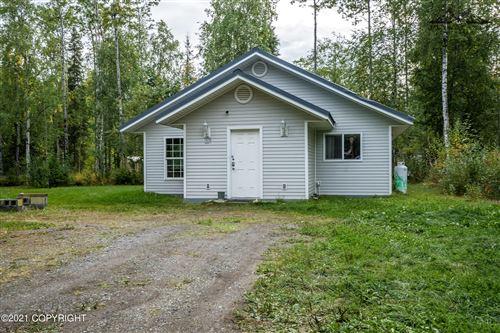 Photo of 14230 W Halston Avenue, Big Lake, AK 99652 (MLS # 21-14305)