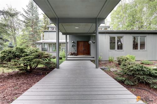 Photo of 1301 Bannister Drive, Anchorage, AK 99508 (MLS # 20-7356)