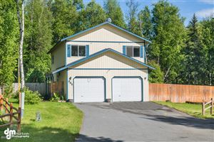 Photo of 332 W St Ives Circle, Wasilla, AK 99654 (MLS # 19-10374)