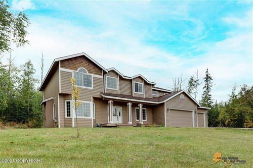 Photo of 2360 W Silver Hills Circle, Wasilla, AK 99654 (MLS # 21-14390)