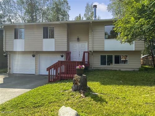 Photo of 4032 Kingston Drive, Anchorage, AK 99504 (MLS # 20-16455)